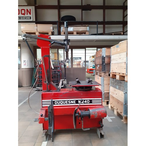 DQN DU QUESNE Refurbished DQN tyre changers M240-540-1.JPG M240 540